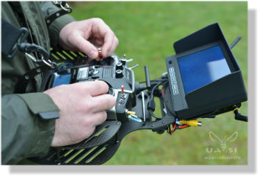 "Pult for Graupner MX-20 and 7"" LCD"
